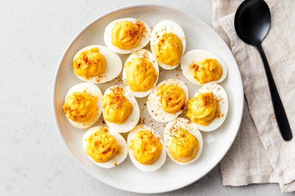 deviled eggs recipe | www.iamafoodblog.com