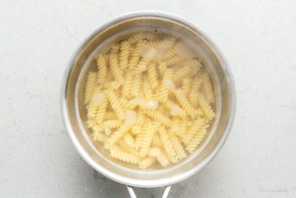 cooking pasta | www.iamafoodblog.com