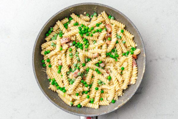 pasta with peas | www.iamafoodblog.com