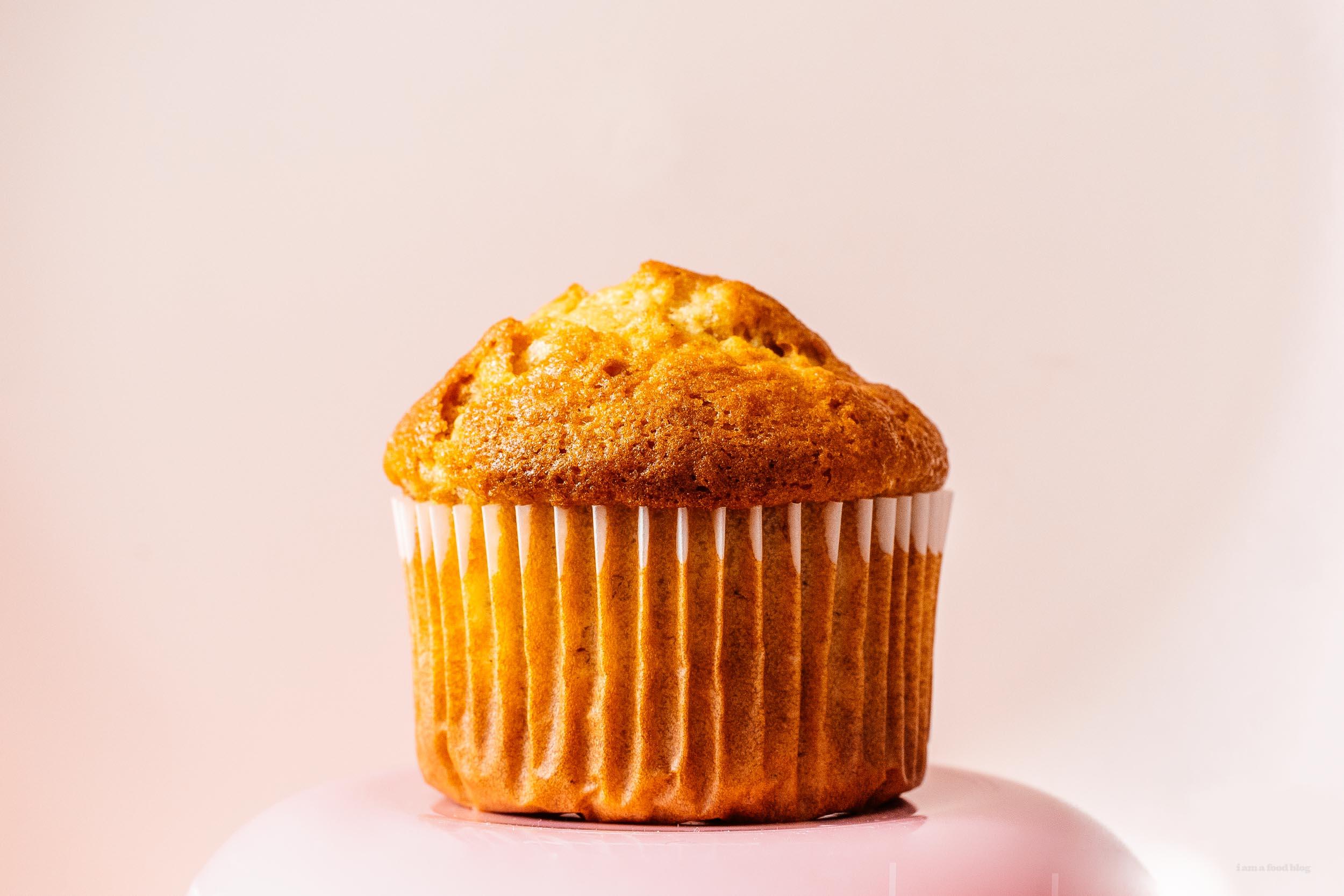 banana muffins recipe   www.iamafoodblog.com