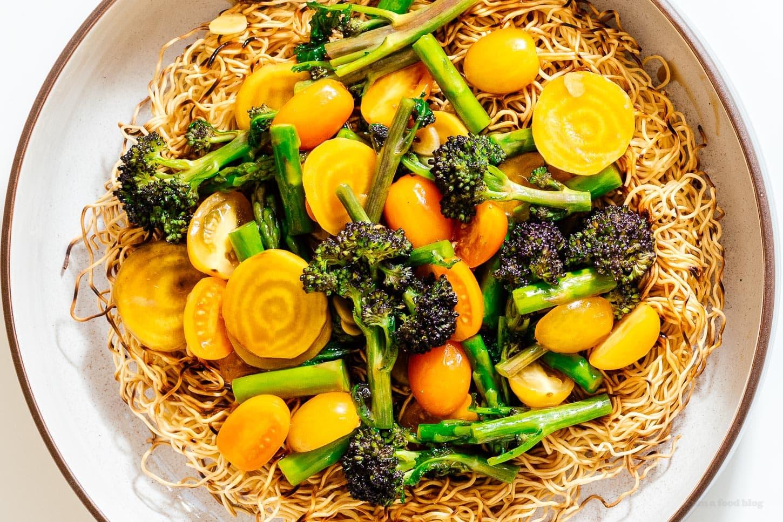 saucy chow mein | www.iamafoodblog.com